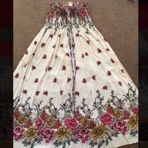 Dresses & Skirts - Beautiful boho gypsyfloral hipster long skirt/dres